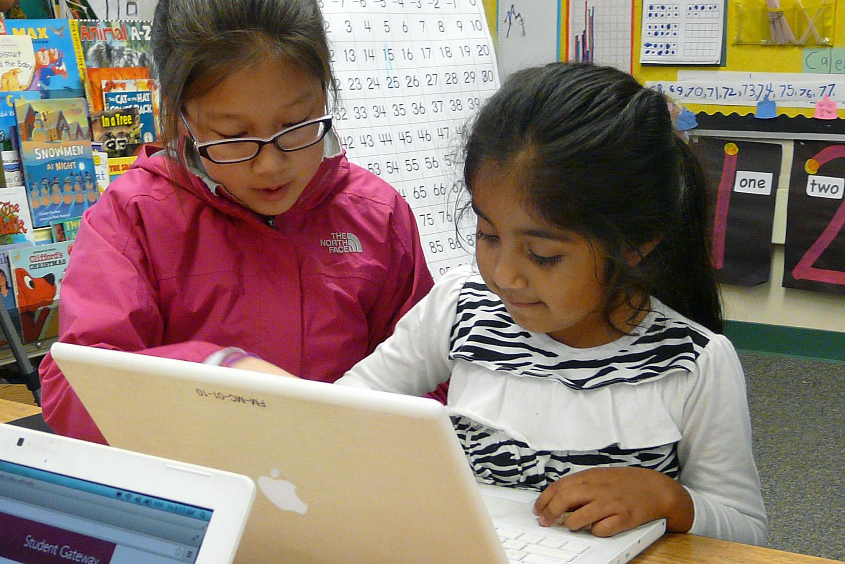 Tynker Hour of Code 5th graders teach Kinder